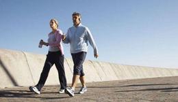 杭州健身房跑步机猝死事件 年轻女子跑步机上猝死