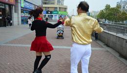 《邂逅》简单广场舞 广场舞教学视频分解慢动作