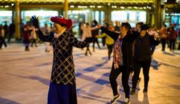 《命中注定爱上你》广场舞 广场舞教学视频分解慢动作