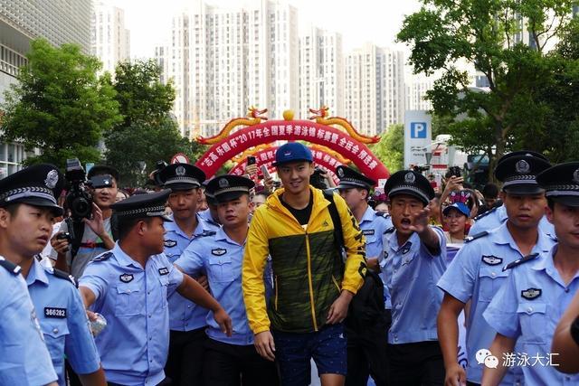 宁泽涛宣布退出剩余比赛 获全运资格已离开赣州