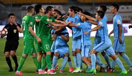 2017赛季中超联赛第14轮 国安0-0苏宁爆冲突