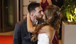 梅西和女友安东内拉婚礼照 梅西婚礼全场图片集锦