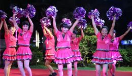 《越跳越美》简单广场舞 广场舞教学视频分解慢动作