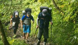 业余登山爱好者户外避险常识 驴友户外登山注意事项