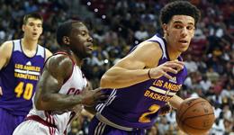 NBA夏季联赛湖人胜骑士 球哥16+12+10湖人进八强