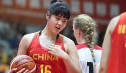 18岁2米新星入选女篮亚洲杯 体重100公斤想成为奥尼尔