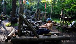 俄罗斯自制健身器材图片 战斗民族废物利用打造健身器材