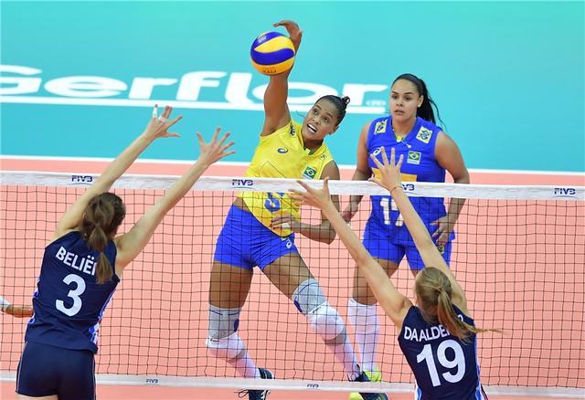 女排大奖赛-巴西3-2荷兰 取首胜保留出线希望