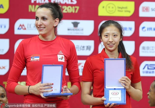 朱婷获女排大奖赛最佳主攻 娜塔莉亚蝉联MVP