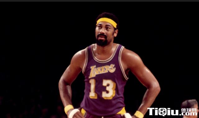 张伯伦是怎样的存在?创128项NBA纪录却饱受批评