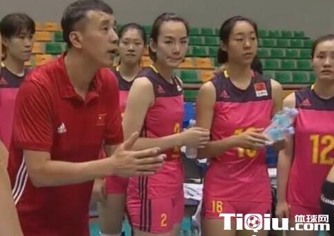 女排亚锦赛中国0-3日本 第三局挥霍局点憾负