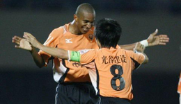 中国足球最老外援恐退役 会武汉话和打麻将