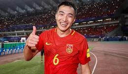 张琳�M参加合练武磊继续慢跑 冯潇霆称球队很团结