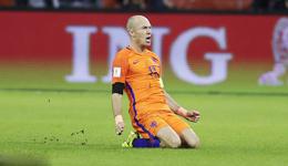 世预赛罗本梅开二度 荷兰2-0瑞典仍无缘世界杯