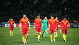 东亚杯-国足再遭黑色3分钟 1-2日本继续19年不胜