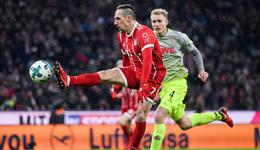 莱万破门穆勒助攻科曼中框 德甲-拜仁主场1-0科隆