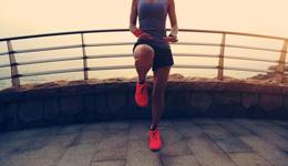 跑前千万别忽略这件事 4步完成热身运动