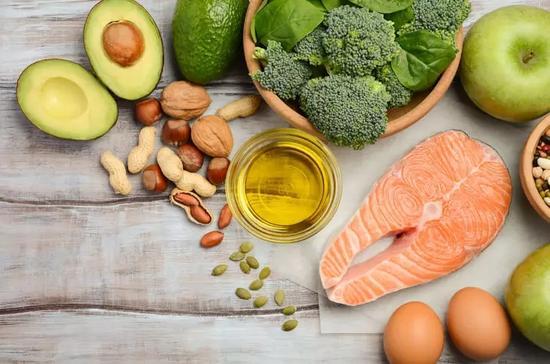 缓解关节炎疼痛 跑者需多吃这7类食物