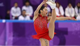 日裔花样滑冰美女大腿秀纹身 肉色丝袜里面疑似纹身