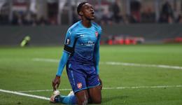 厄齐尔2助攻姆希塔良处子球 欧联-阿森纳2-0米兰