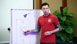 张琳�M因伤退出中国杯 邓涵文或顶上里皮不招新人