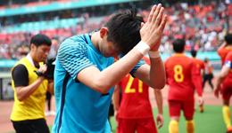 中国杯国足5分钟连丢3球 国足1-4捷克垫底