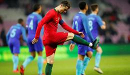 C罗首发无建树德佩破门 热身赛-荷兰3-0客胜葡萄牙