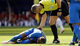 世界杯首次VAR改判取消点球 内马尔摔得四脚朝天