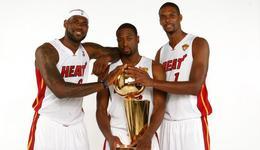 詹姆斯:我们都是热爱篮球的人在一起更有趣