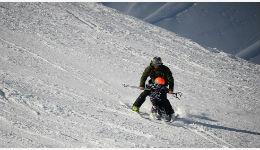 助力冬奥:她放弃高薪回乡免费教滑雪