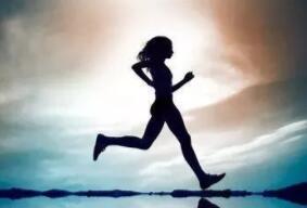 长跑的技巧与正确姿势 长跑需要注意什么
