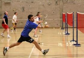 打羽毛球的好处有哪些?打羽毛球的好处总结