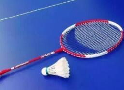 羽毛球拍怎么选 选羽毛球拍需要注意什么