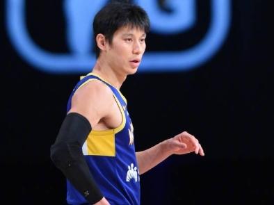 林书豪发文:我证明了自己仍是NBA球员 但机会仍未实现