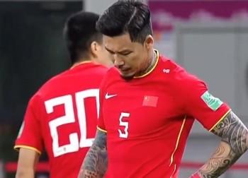 国足重点打造入籍球员三叉戟 张琳�M脊椎韧带损伤