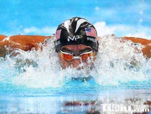 中国选手进100蝶泳挺进决赛 李朱濠决赛有望冲击奖牌