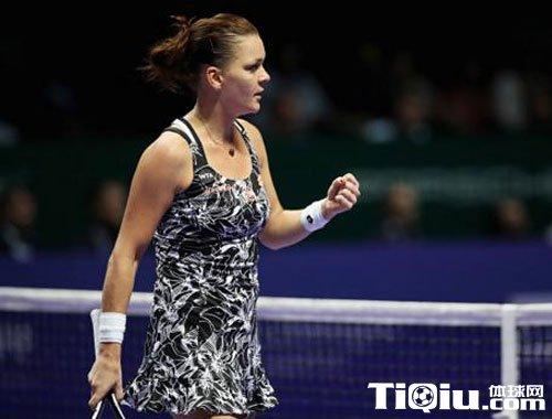 WTA总决赛a拉德万斯卡迎来首胜 助库兹涅佐娃率先出现