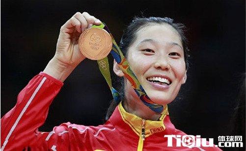 2016年度十佳运动员 朱婷居首郭川第二