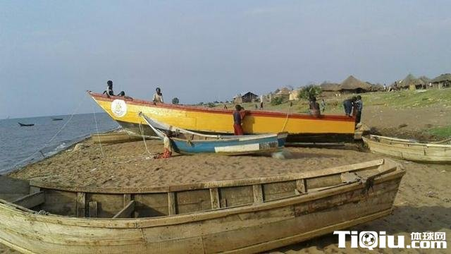 乌干达球队发生沉船事故 伤亡惨重悲剧再现