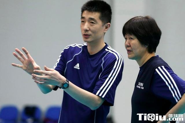 郎平是否继续担任女排教练 助理教练安家杰能否转正
