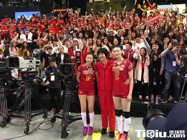郎平任女排总教练 只要身体允许仍继续带国家队