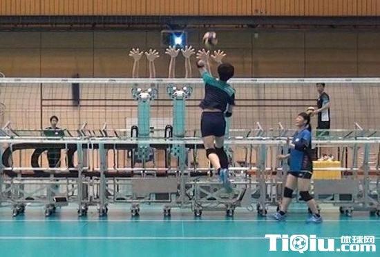 日本女排引入黑科技 采用高移速机器人当陪练