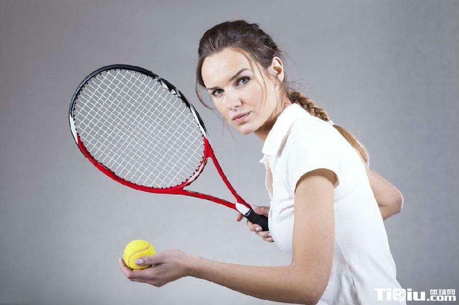 初学者网球拍推荐_新手网球拍推荐 菜鸟选择网球拍攻略_体球网