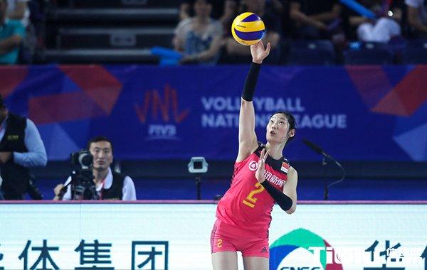 世联赛中国女排2-3惜败巴西 朱婷砍34分难救主