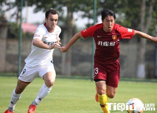 热身赛亚泰4-2逆转华夏 12日对阵北体大17日战泰达